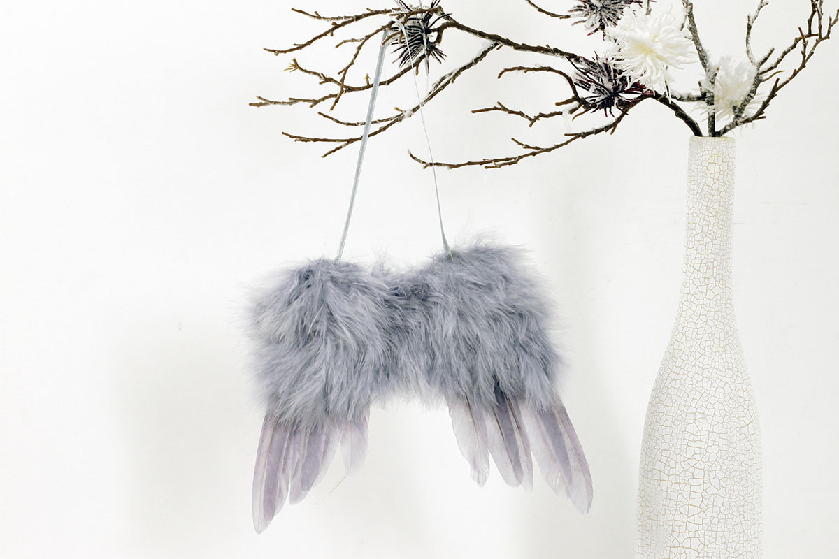 Andělská křídla z peří , barva šedá,  baleno 4 ks v polybag. Cena za 1 ks.