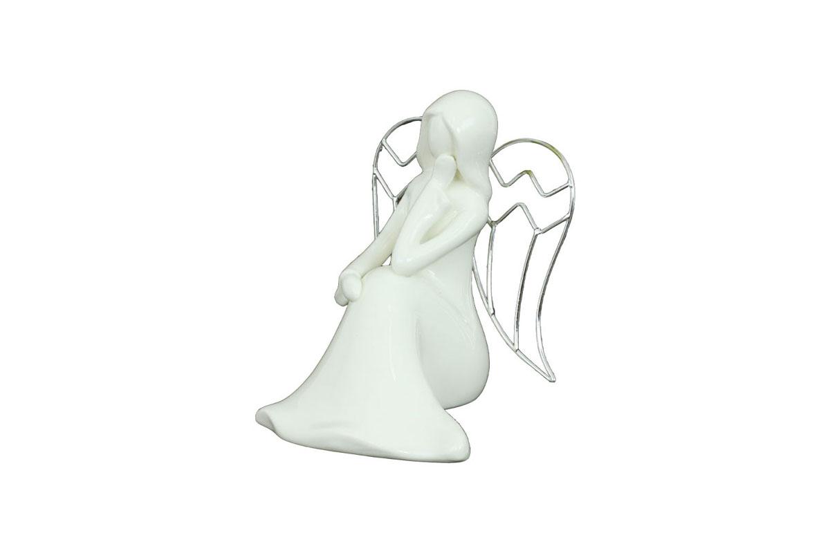 Anděl, porcelánová dekorace s kovovými křídly