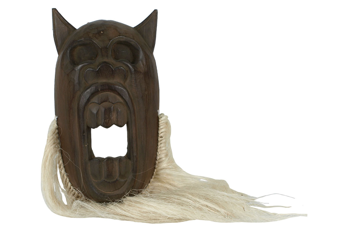 Drevená maska s vlasmi