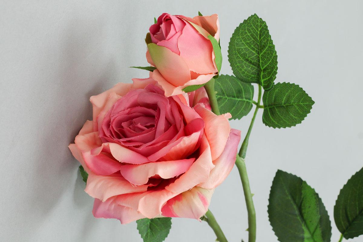 Růže umělá květina, barva růžová