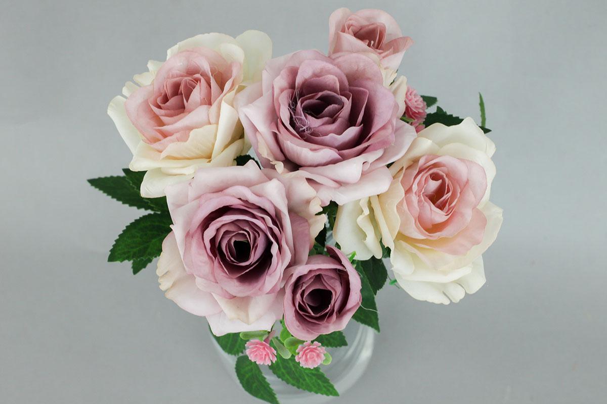Růže puget, umělá květina, barva fialová