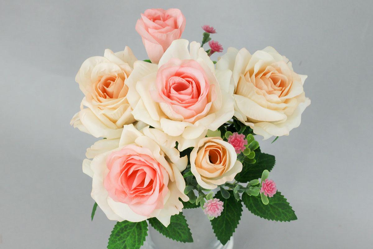Kytička ruží, farba ružová
