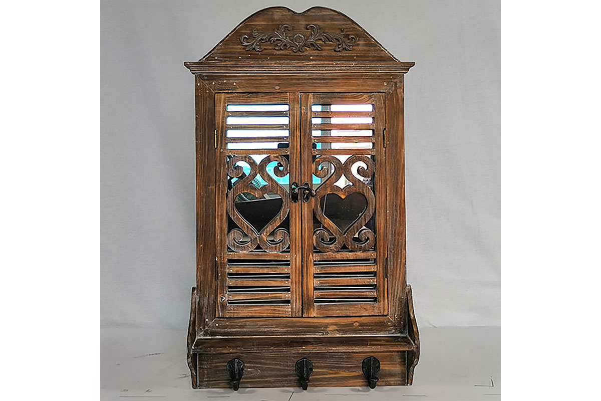 Zrcadlo v  dřevěném rámu, tvar okna, barva hnědá antik