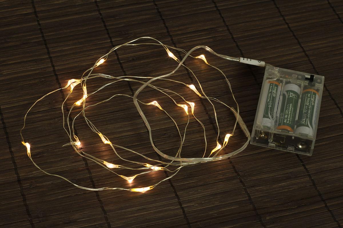 REŤAZ S LED SVETIELKAMI - číra, batérie nie sú súčasťou (3 AA)