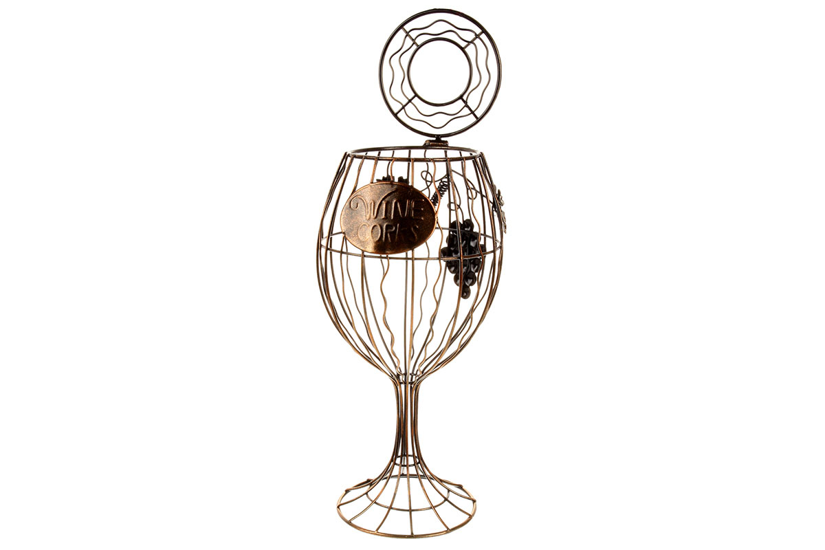 Číše na korkové špunty od vína. Kovová interiérová dekorace.