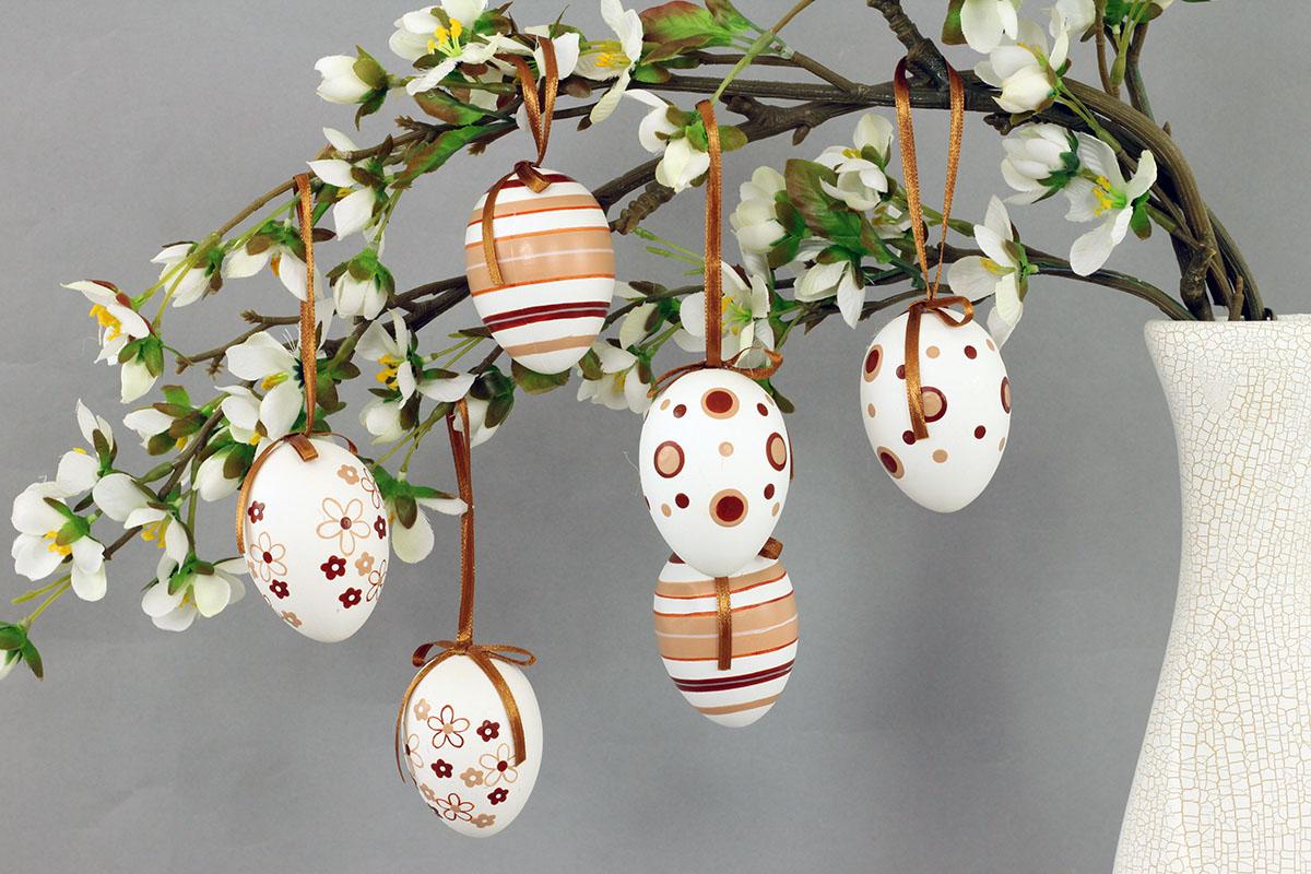 Plastové vajíčka 6cm, cena za 1 sáčok (6 ks), béžovo-biele