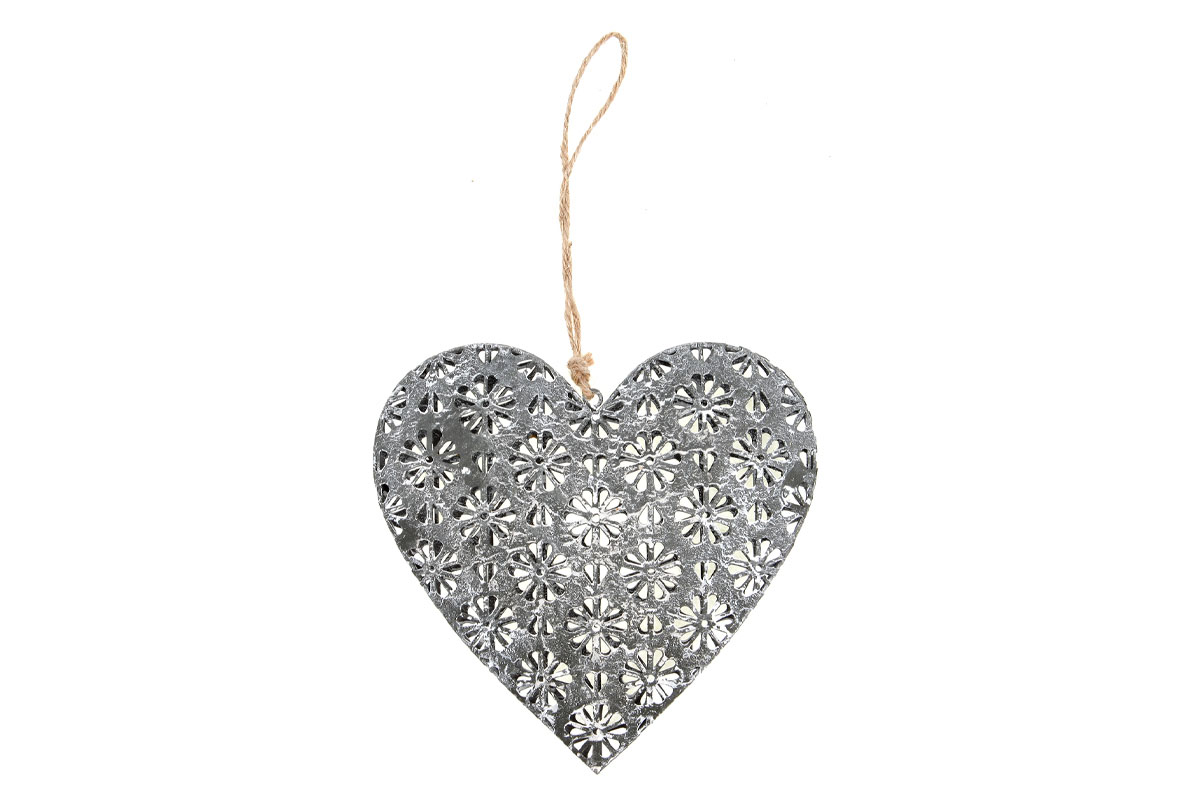 Srdíčko, dekorace z kovu