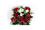 Růže, puget, barva červená a bílá. Květina umělá.