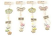 Motýl nebo kytička, dřevěná dekorace na pověšení v sáčku, mix 4 barev