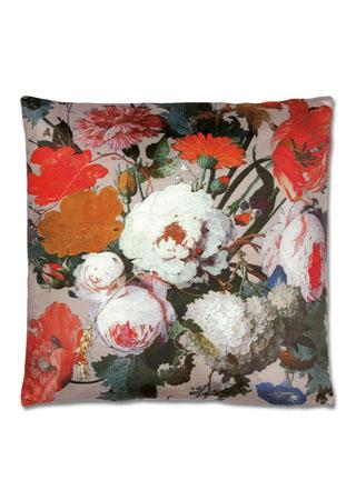 Polštář s výplní.  Mix květin na růžovém podkladu design.